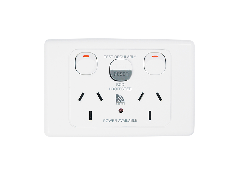 will ml2025rc10  medilec rcd protected outlet fit into 157